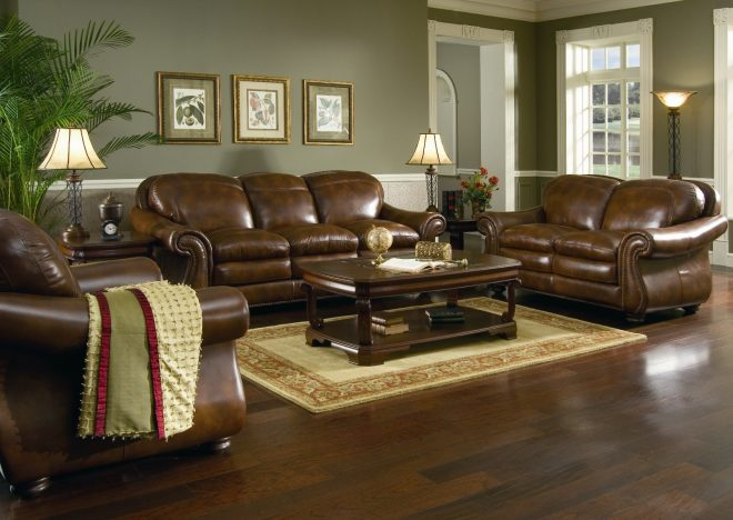 10 gorgeous living rooms with leather couches