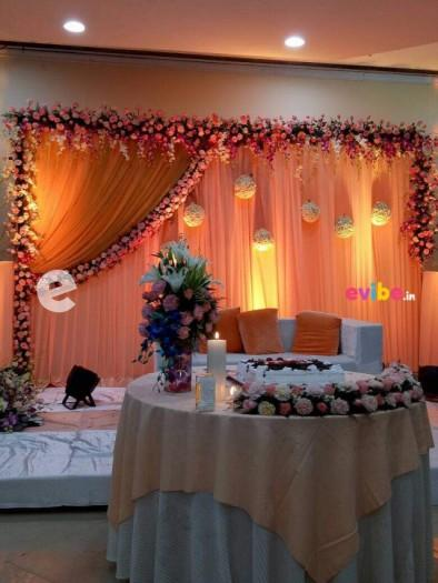 Best Wedding Reception Engagement Stage Flower Decorators Simple Decorations In Bangalore Evibe In