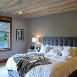 20 modern rustic bedroom retreats upcycledtreasures misty