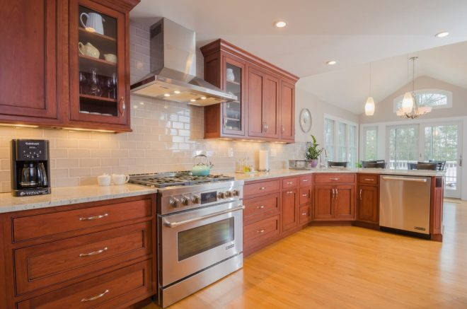 25 best cherry kitchen cabinets ideas on internet cherry