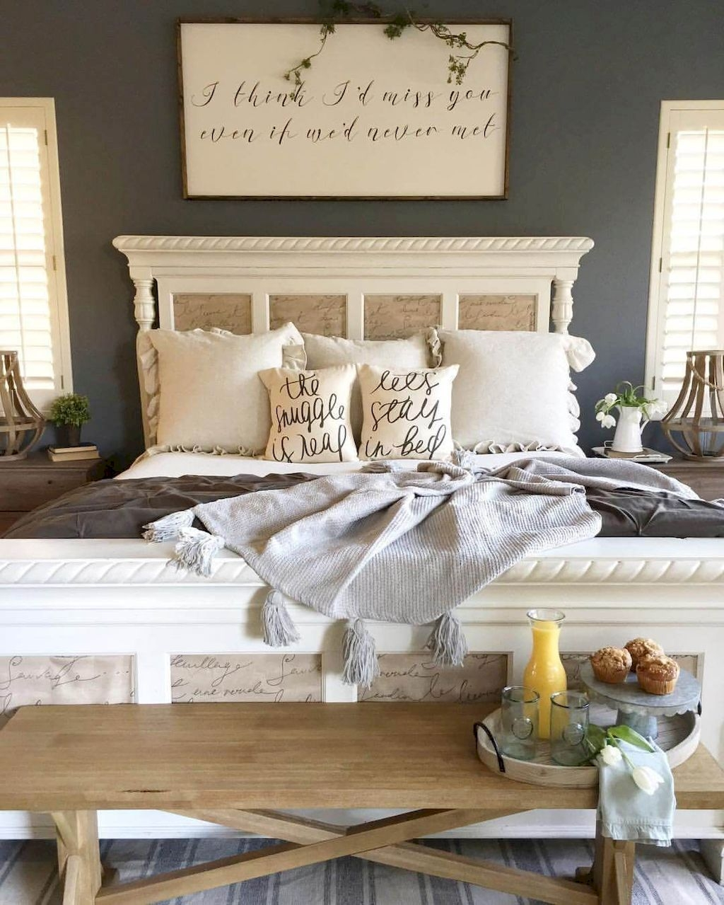 41 cool modern farmhouse bedroom decor ideas painting of bed