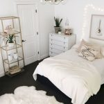 60 beautiful small master bedroom decor ideas home decor