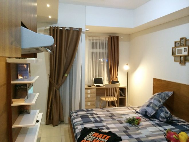 a studio apartment located in green lake sunter jakarta