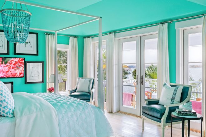 beautiful vacation homes and their colors paintzen