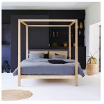 best four poster bed to give any bedroom a royal touch