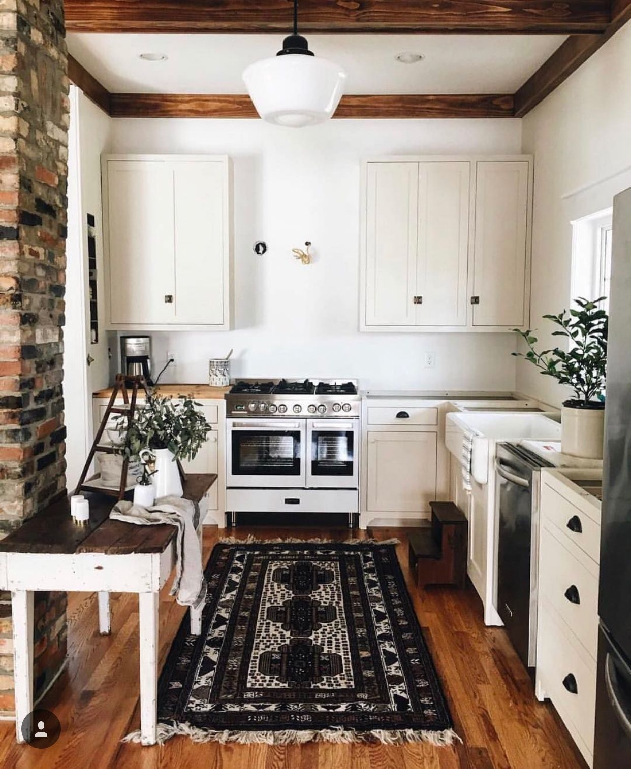 black and white whiterugs white rugs in 2019 home house design