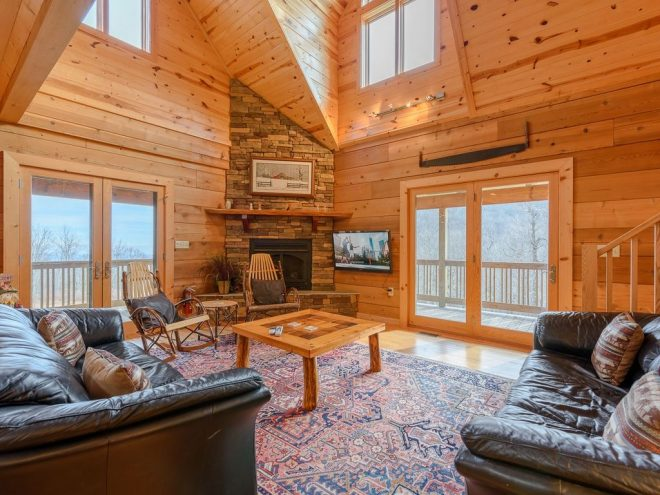 cabin with loft game room hot tub garage mountain views pool