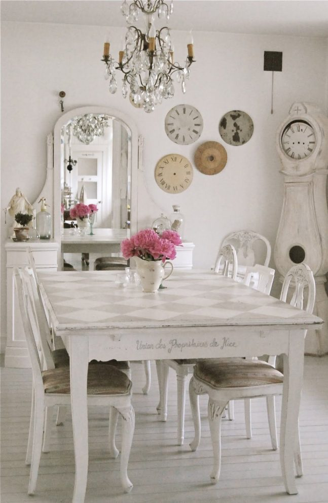cottage flair shab chic decorating http