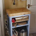 country kitchen island unit for a small urban kitchen renovation