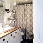 creative ways to decorate your farmhouse bathroom modern