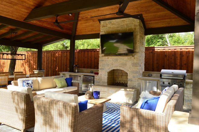 dallas outdoor fireplace and fire pit builder