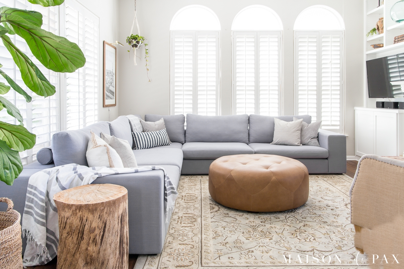 designing a small living room with a large sectional maison de pax
