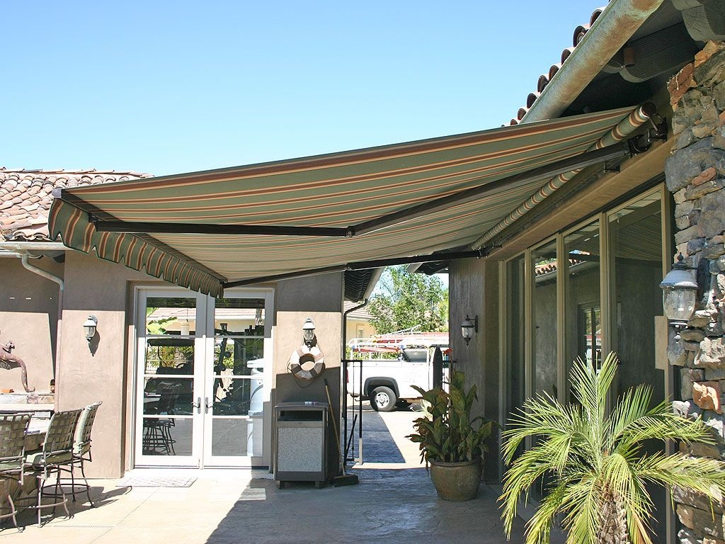 elite heavy duty retractable patio awning patio canopy