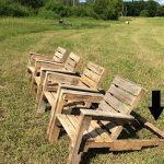 free diy shipping pallet chair plans