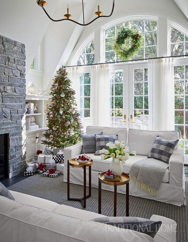 holiday home in black and white home decor traditional