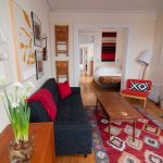 house tour alanas brooklyn railroad apartment therapy