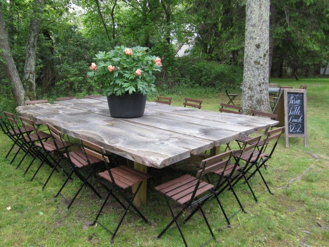 huge farm table no directions here but i love this its what i