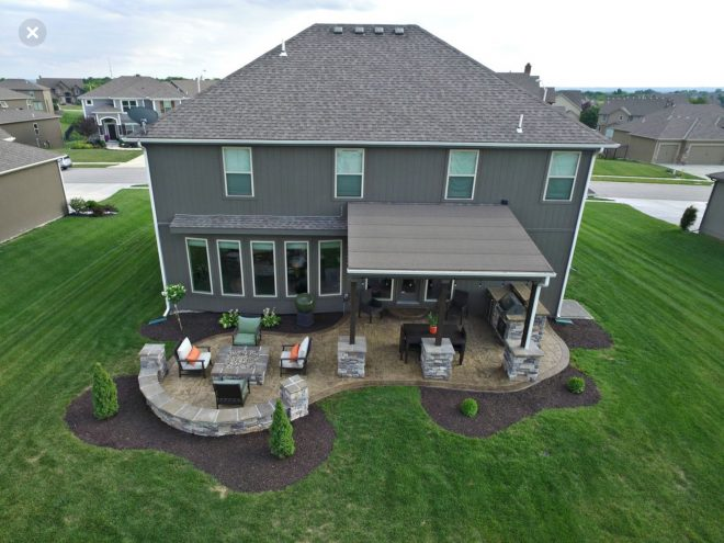 idea of incorporating fire pit area with a covered porch