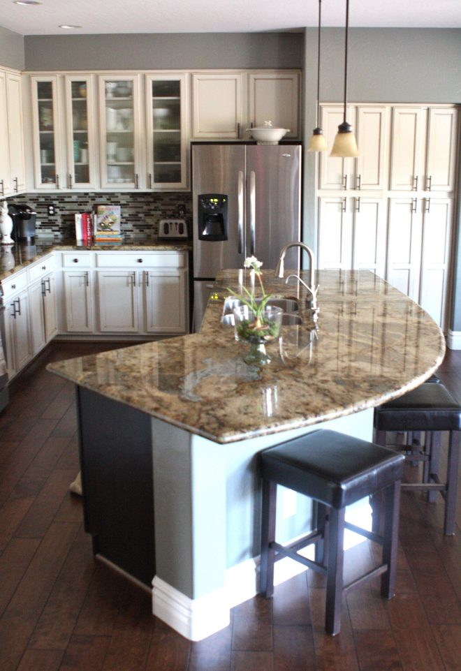 looking for that perfect kitchen we have one for you