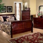 louis 5 piece queen bedroom set