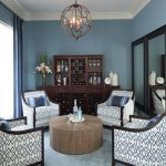 love the claassy club chairs cozy living room design