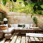 love this modern bohemian outdoor patio style outdoor