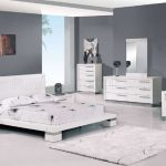 make your bedroom stylish and comfortable with modern white bedroom