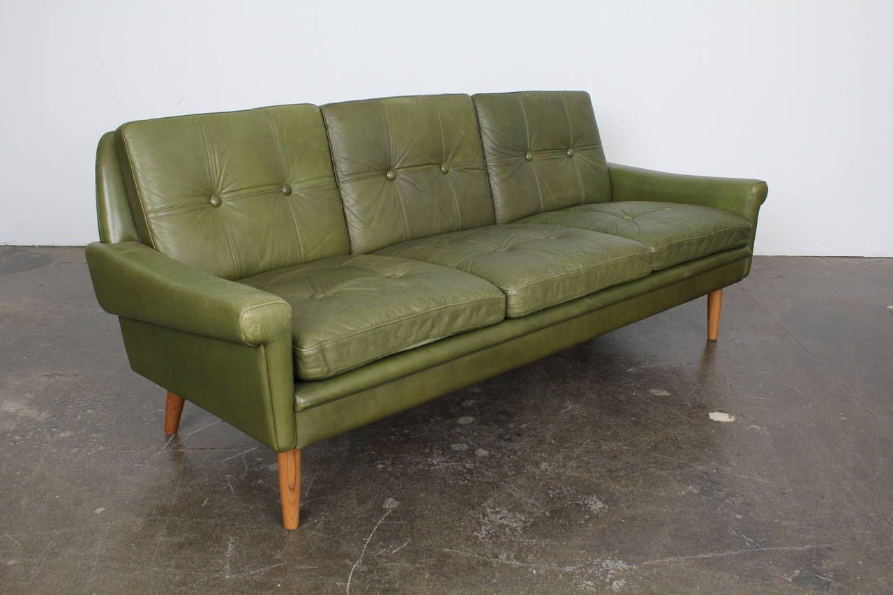 mid century modern green leather sofa skippers mobler leather