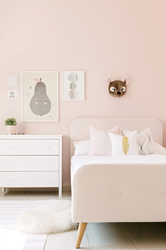 pastel color bedroom will make your little girl feel like a