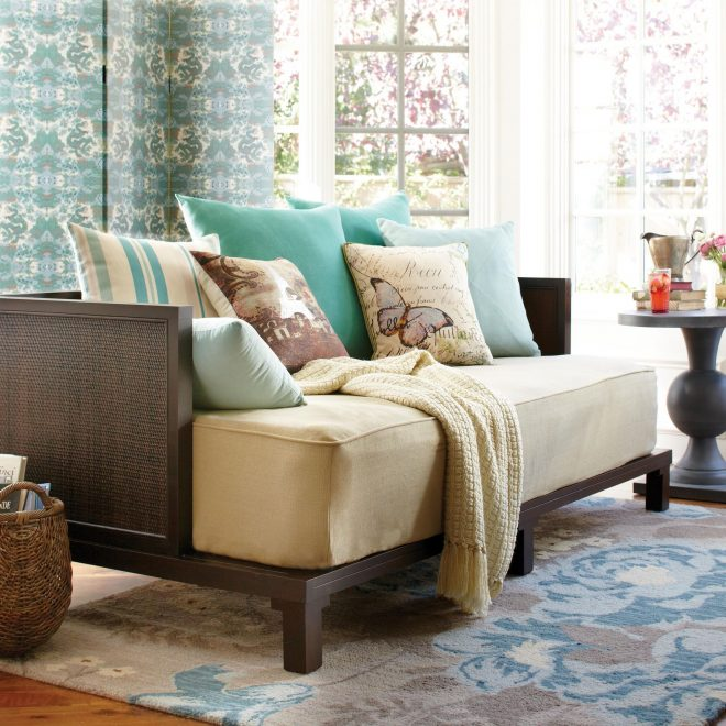 pin val wolpe on bedroom in 2019 daybed in living room