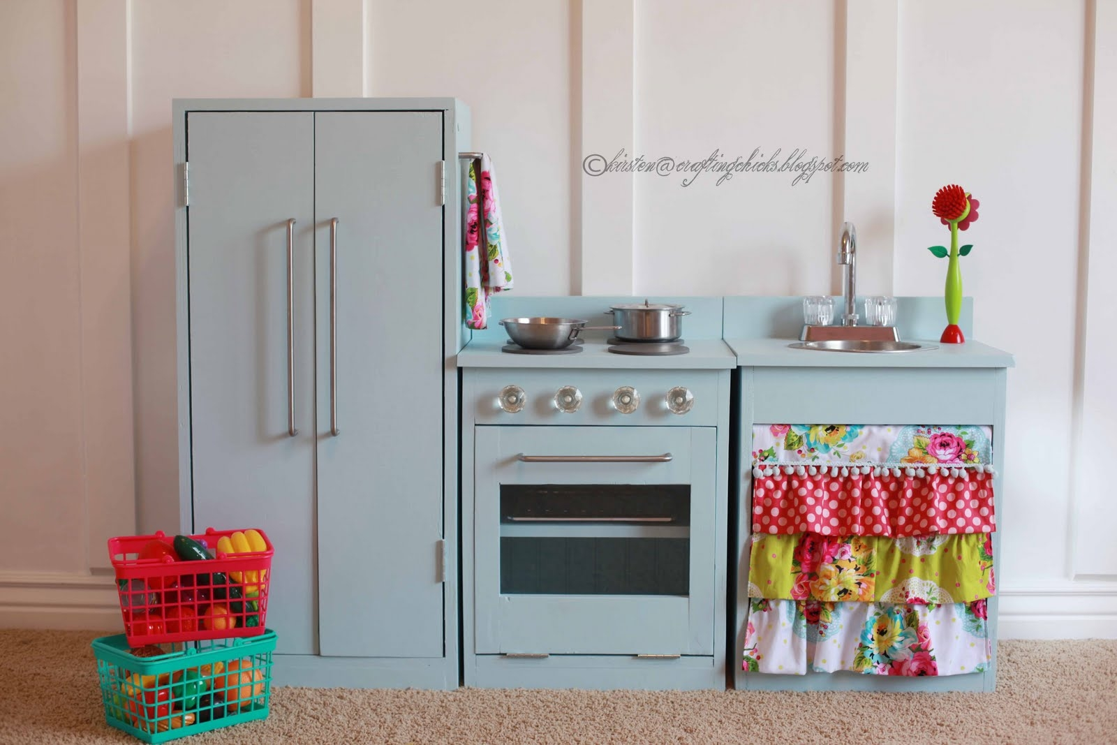 remodelaholic beautiful kids play kitchen the crafting chicks