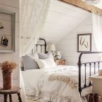 romantic rustic farmhouse master bedroom decorating ideas