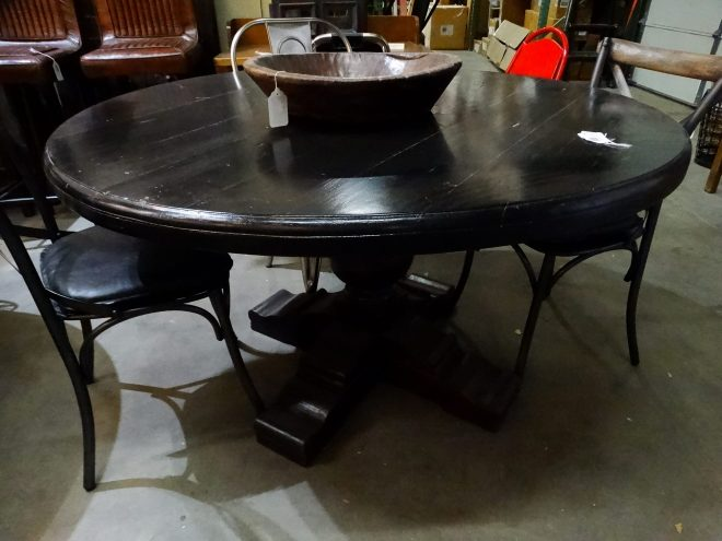 round black siddhartha dining table