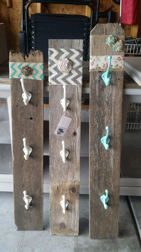 rustic coffee cup holders from old fence boards fence post