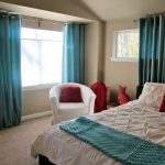 simple bedroom decorating with turquoise themes curtains
