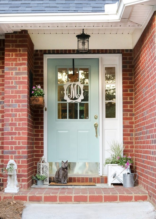small front porch ideas that will make your guest feel welcome