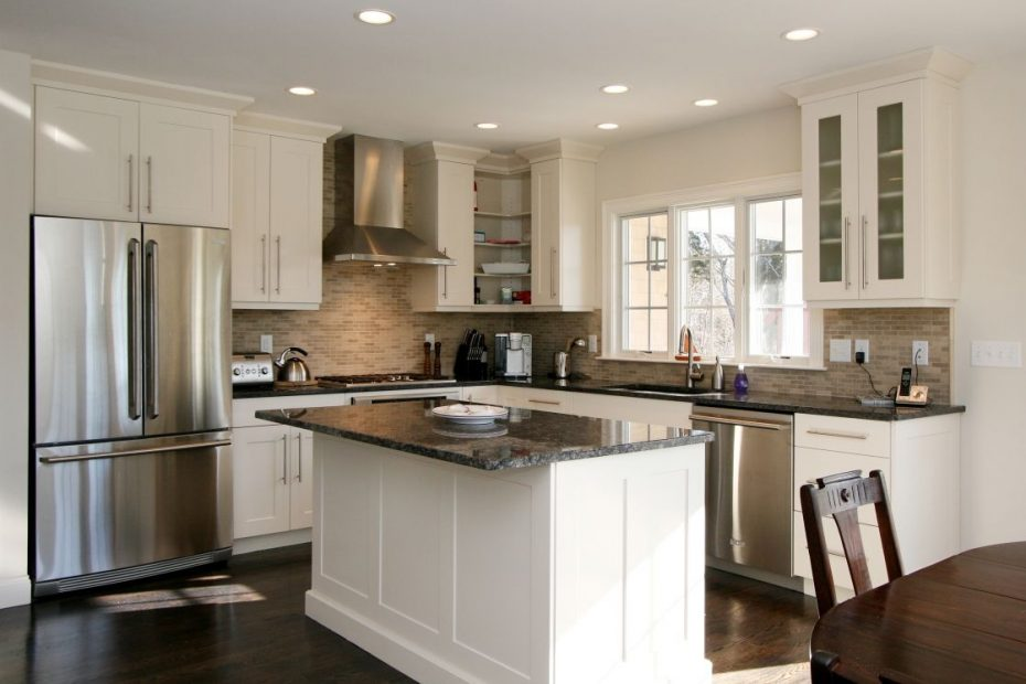 small kitchen ideas pictures displaying rectangle black