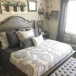 small master bedroom makeover ideas on a budget 29