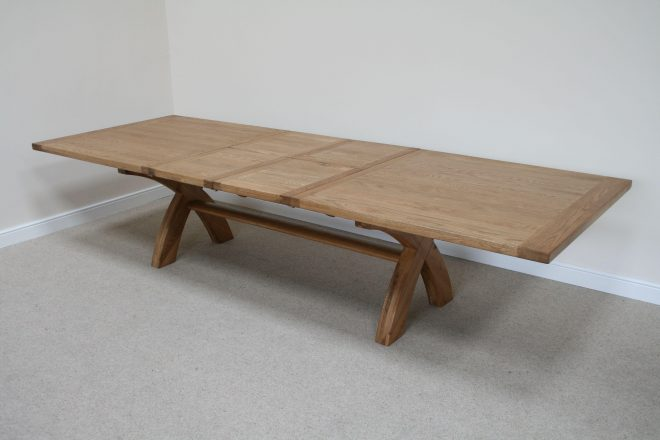 square dining table seats 12 video and photos