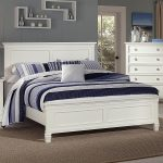 tamarack queen panel headboard and footboard bed new classic at stegers furniture