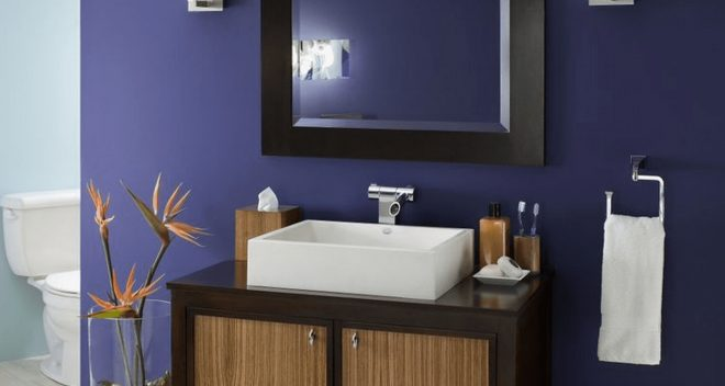 the best paint colors for a small bathroom