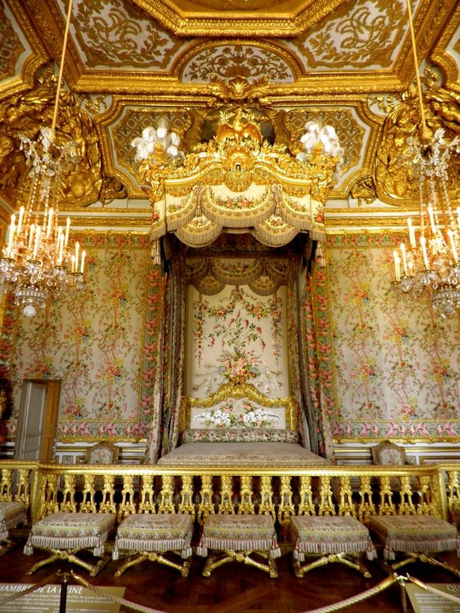 the kings bed palace of versailles france palace of