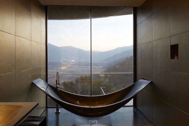 the worlds most beautiful hotel bathrooms outdoor