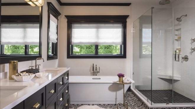 this black and white bath is anything but boring