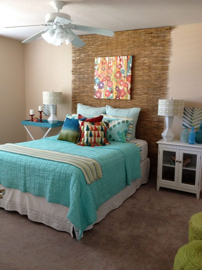 turquoise green and red tropical bedroom love the bright colors