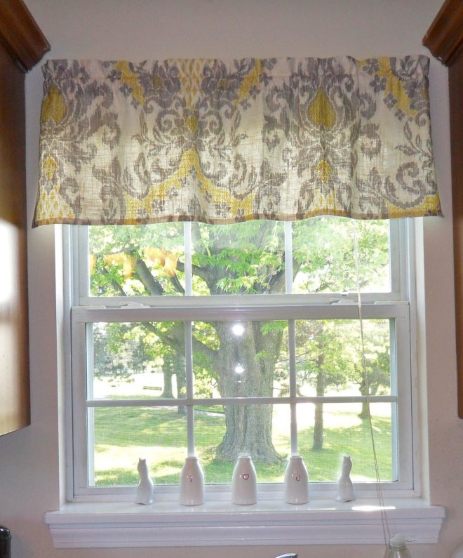 tutorial for making a simple rod pocket valance for the home