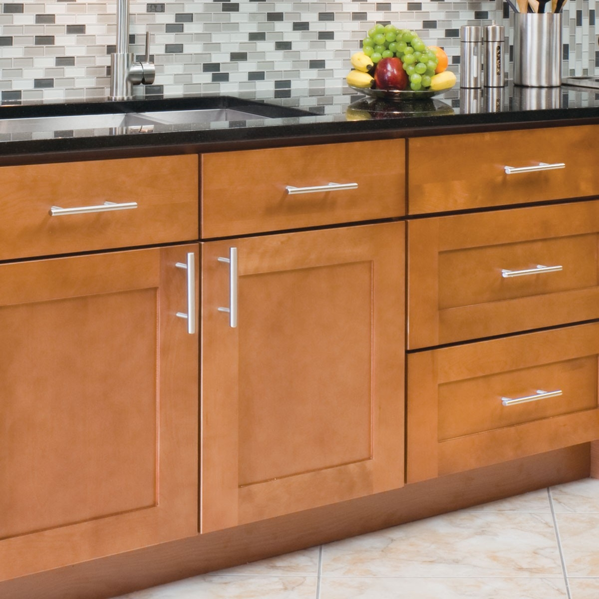 what to set to choose the kitchen cabinet handles the chocolate